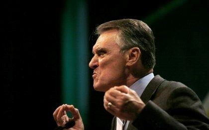 Presidenciais: Cavaco, o genial feiticeiro