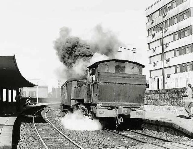 160anos_caminho_de_ferro_portugal_comboio_avenida_franca_porto