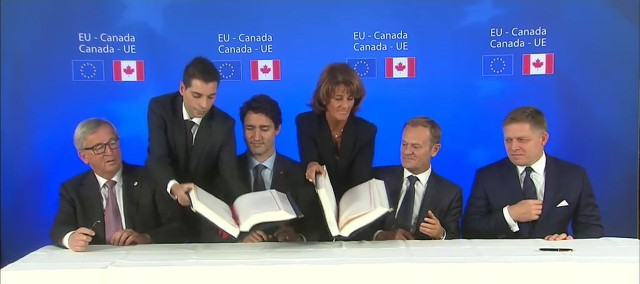 Assinatura do CETA